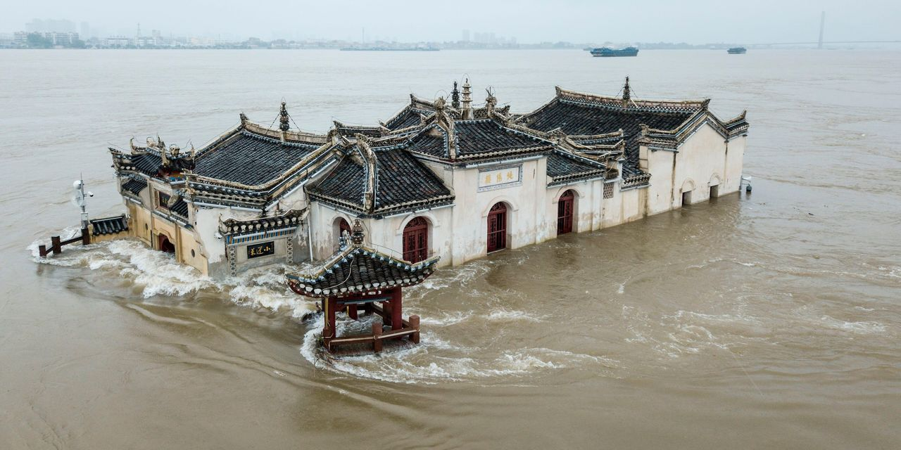 China's Mighty Yangtze Is Heaving From Rain and the Three Gorges Will Be Tested