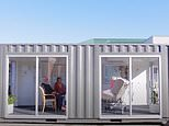 Families are reunited after incredible Victorian aged care home creates special 'visiting pod'