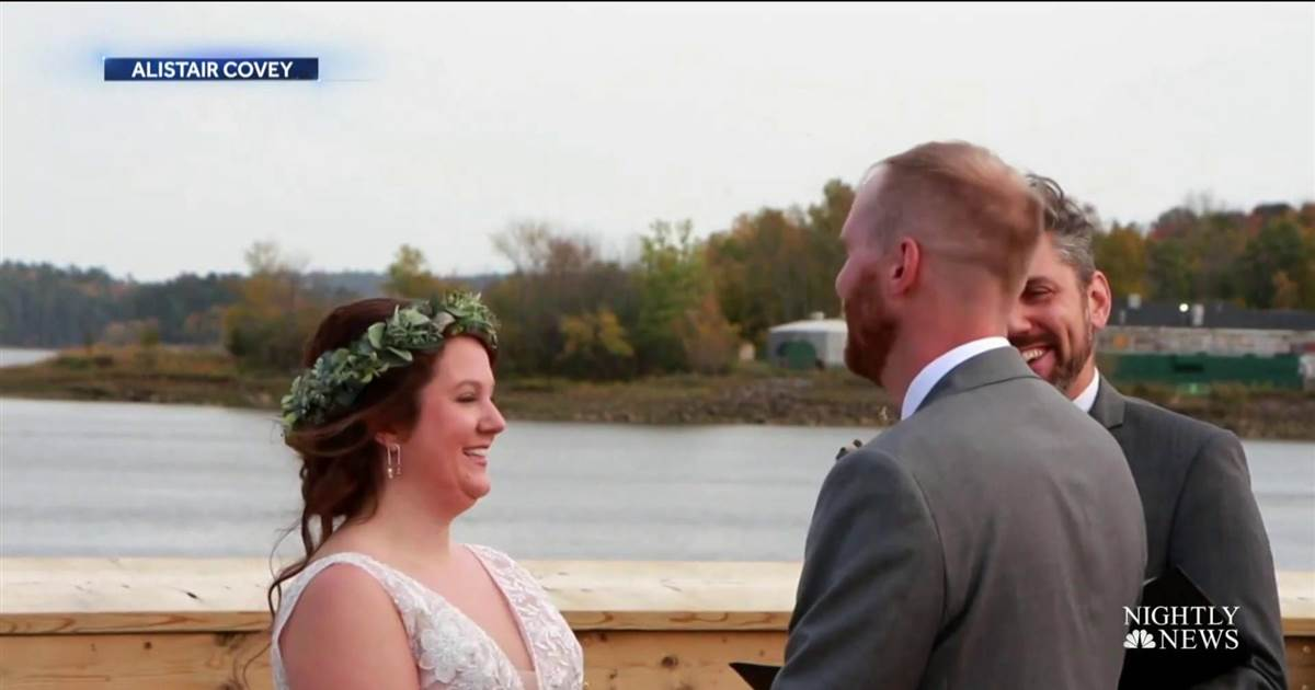 Border wedding brings family from both sides together