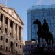More UK banknotes stashed, but cash spending down: Bank of England