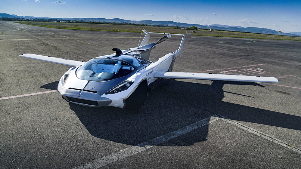Klein Vision's AirCar, a Flying Car Prototype, Completes Maiden Flight