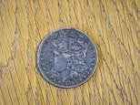 Silver dollar coin Wallis Simpson carried in her handbag to be sold