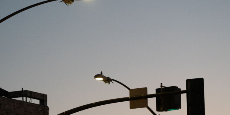 """San Diego's spying streetlights stuck switched """"on,"""" despite directive"""