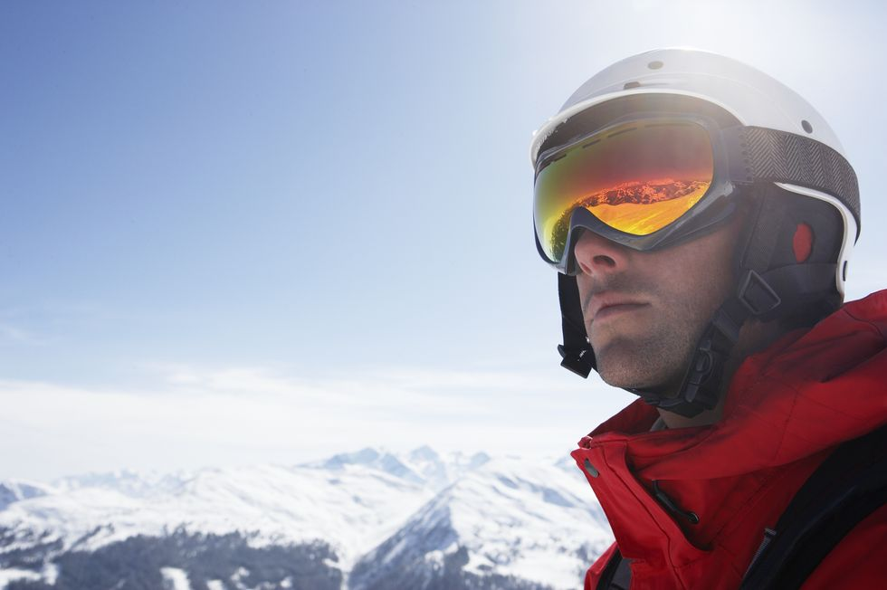The 10 Best Ski Goggles for Better Performance on the Slopes