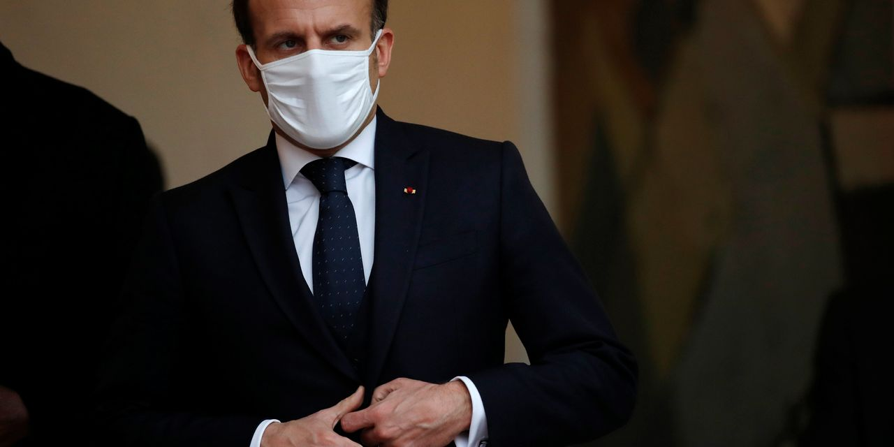 Macron Calls for Regulation of Social Media to Stem 'Threat to Democracy'