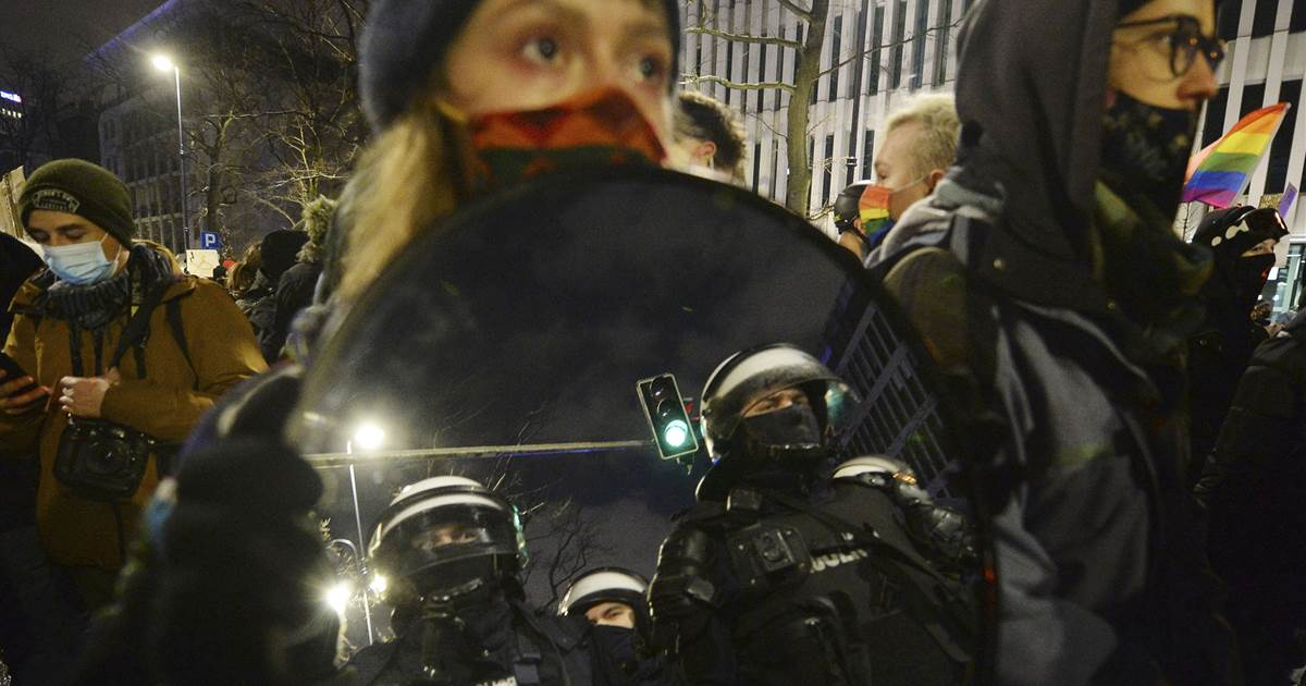 'I'm afraid to live here': Third night of protests in Poland after abortion law takes effect