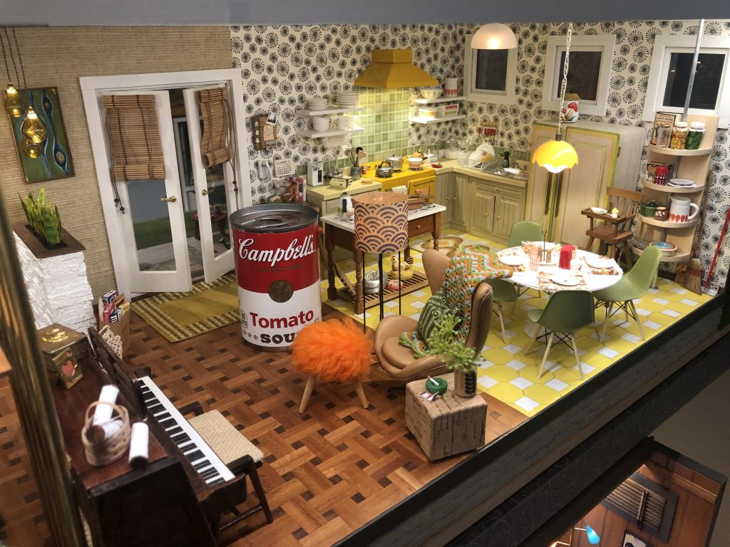 Guy's mom made this incredibly detailed 'Mini Modern House' during quarantine