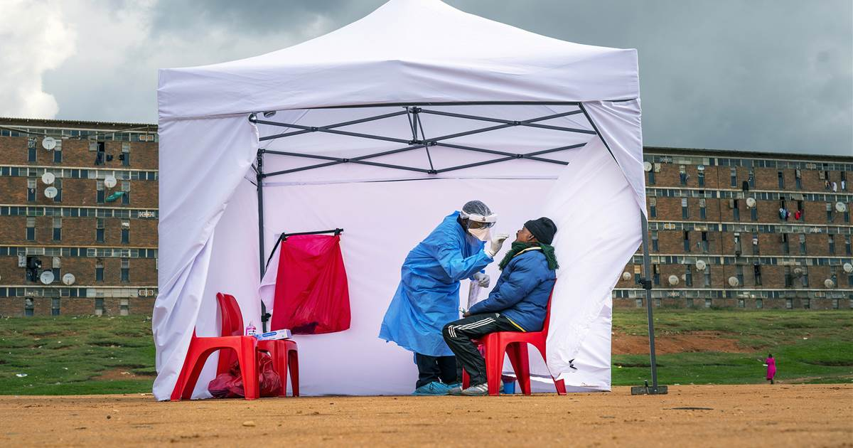 Race against virus variants in South Africa is lesson for global vaccine planners