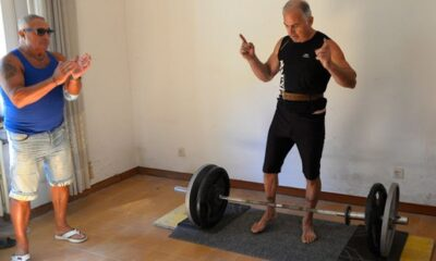 59-Year-Old Weightlifter Secures World Record for Longest Duration Deadlift