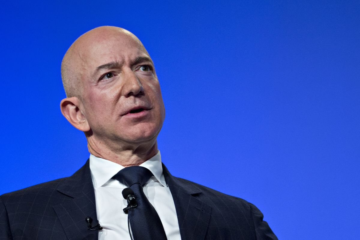 Bezos Gets Fraction of Legal Fees from Girlfriend's Brother