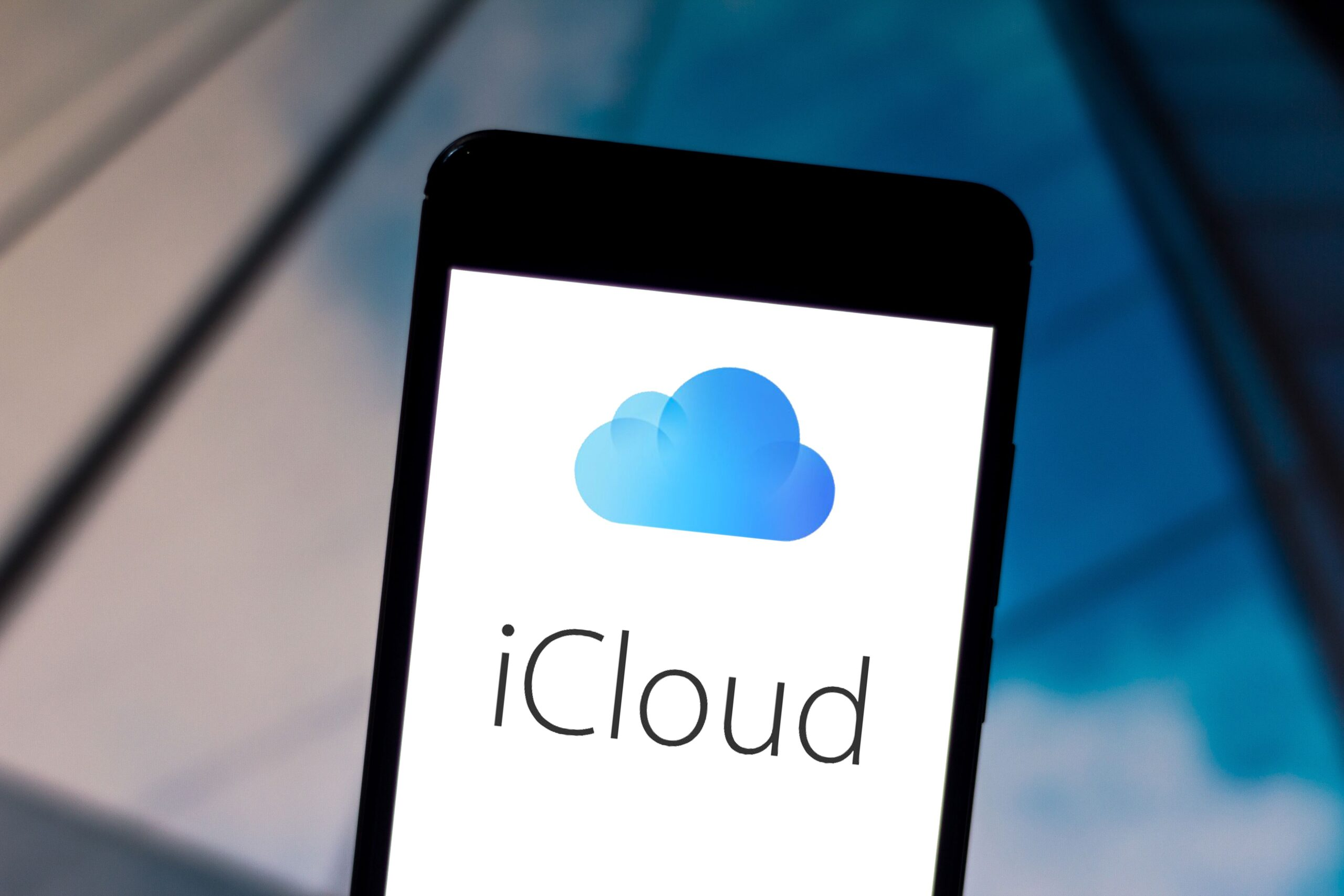 iCloud allegedly locked out a user over her last name