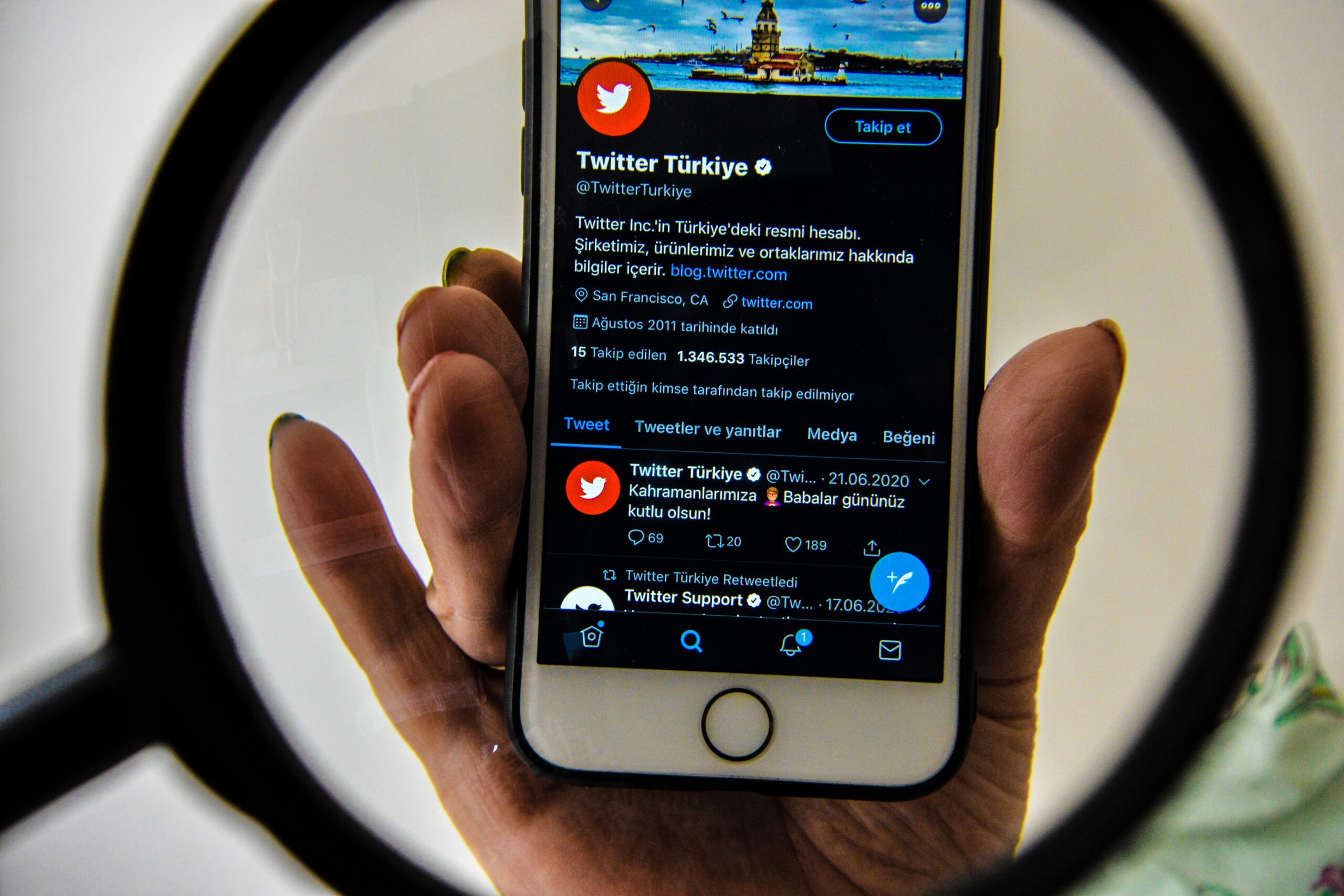 Twitter creates an entity in Turkey to obey a social media law