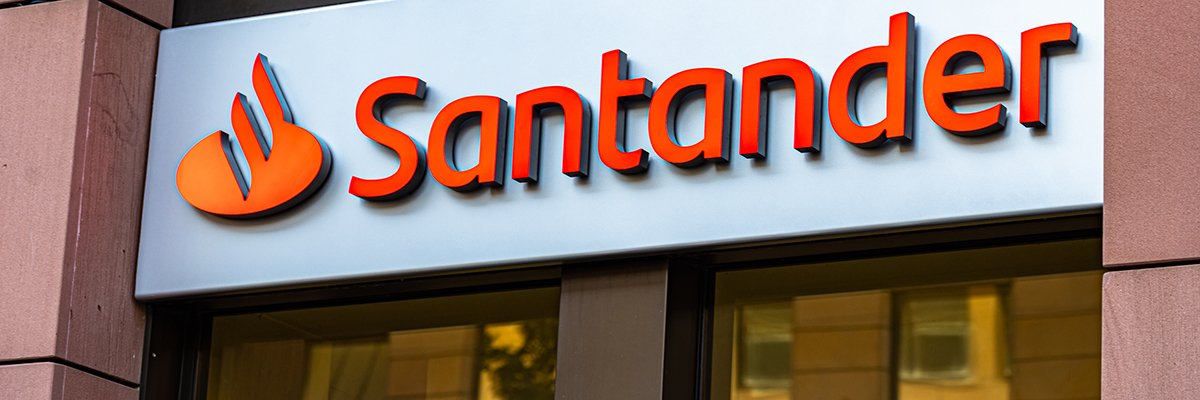 Santander says sorry for weekend tech outage