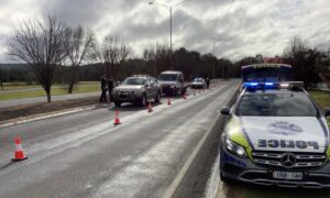 Police Warn Travellers of Thousand Dollar Fines at Victorian-NSW Border