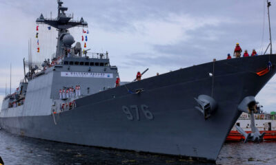 Korea plans warship airlift after mass COVID outbreak