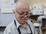 Community mourns as legendary Milsons Point station cobbler Jim Saad dies after contracting Covid
