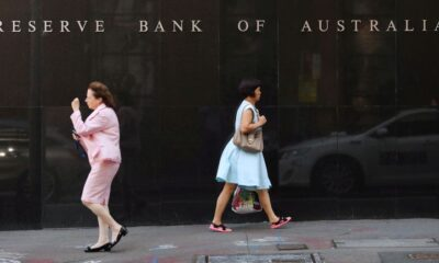 Australia central bank to stick with tapering plans, or maybe not