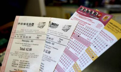 More than $1 billion up for grabs between Mega Millions, Powerball jackpots